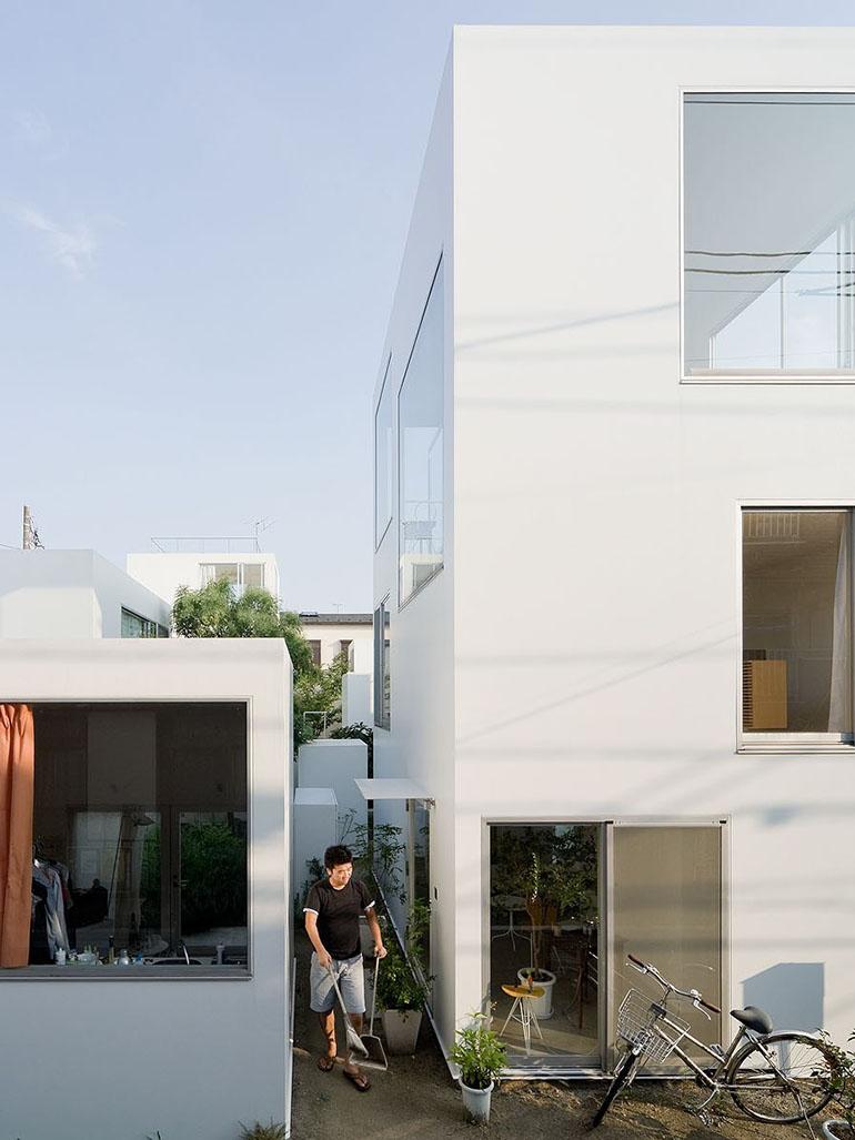 The extraordinary Moriyama House - By SANAA's Ryue Nishizawa