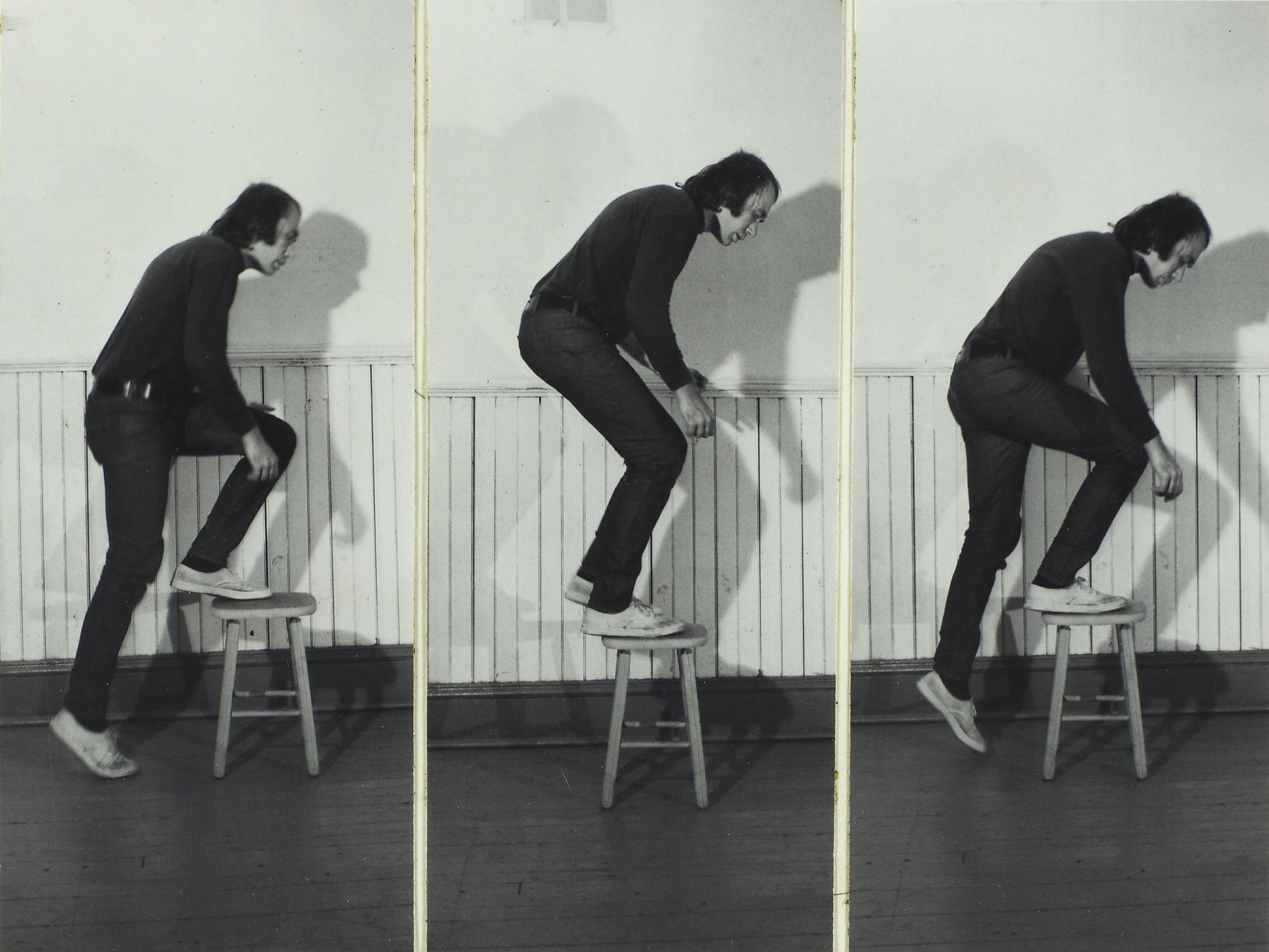 Some of Vito Acconci's most influential performances – Public Delivery