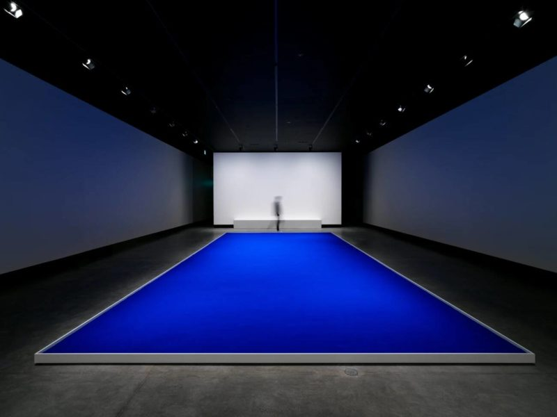 Yves Klein - Pigment bleu sec (Dry Blue Pigment), 1957, recreated in 2018, installation view, Museum of Old and New Art