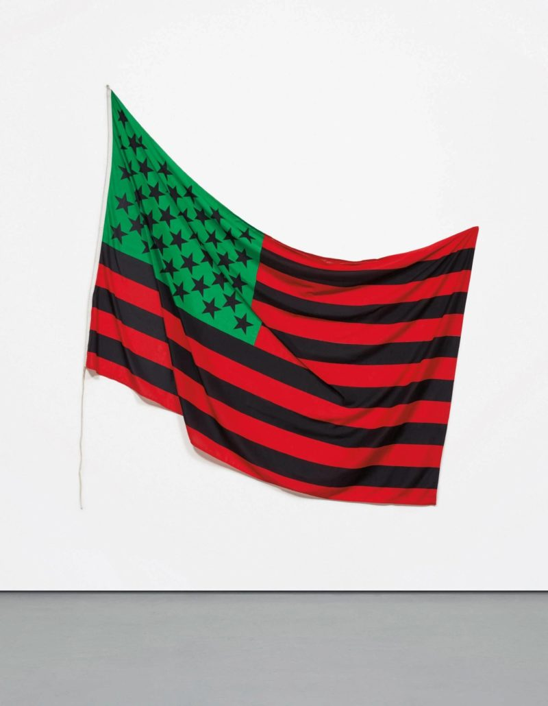 David Hammons – African-America Flag, 1990, dyed cotton, 149.86 x 234.315 cm (59 x 92 1/4 in.)