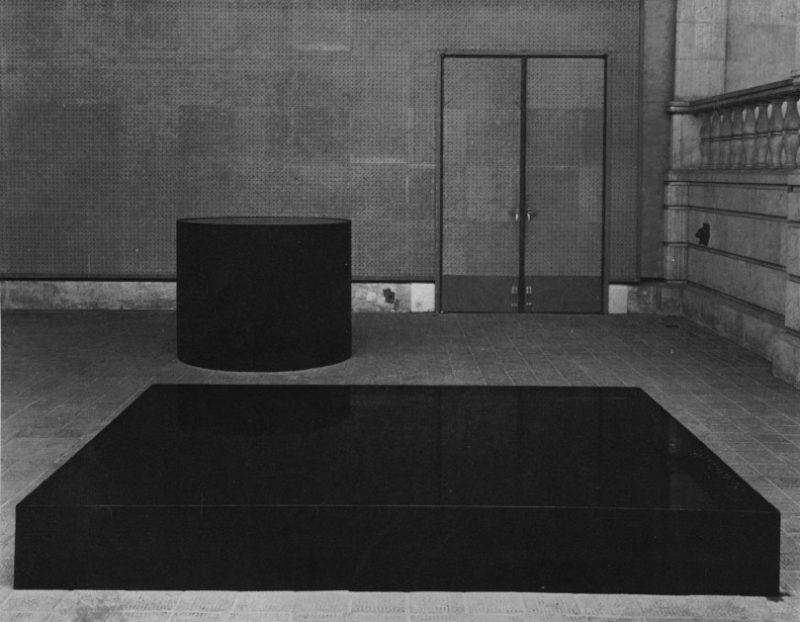 Nobuo Sekine - Phase of Nothingness — Water, 1969, steel, lacquer, water, 30 x 220 x 160cm, 120 x 120 x 120 cm