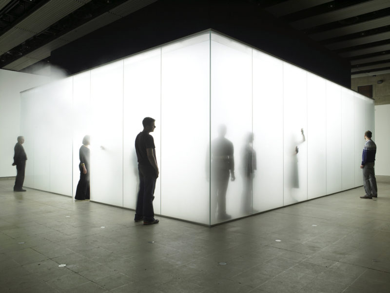 Antony Gormley - Blind Light, 2007, fluorescent light, water, ultrasonic humidifiers, toughened low iron glass, aluminium, 320 x 978,5 x 856,5 cm, installation view, Hayward Gallery, London, 2007