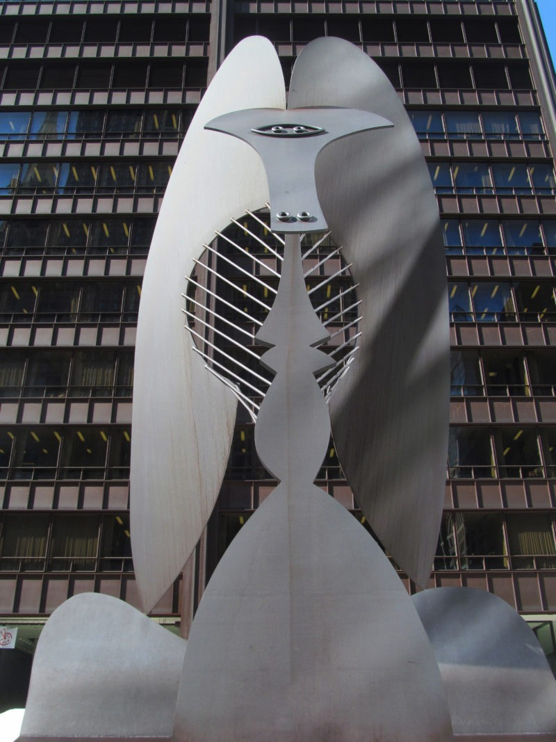 Pablo Picasso - Untitled (Chicago Picasso), 1967, Cor-ten steel, 15.2m (50 ft.) tall, 147 ton, installation view, Daley Plaza, Chicago