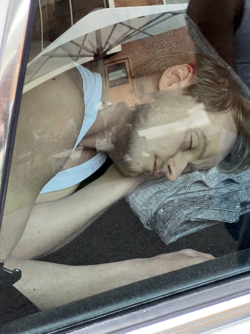 Elmgreen & Dragset – The Outsiders, 2020, Mercedes W123, male figures in silicone, clothing, packed artworks